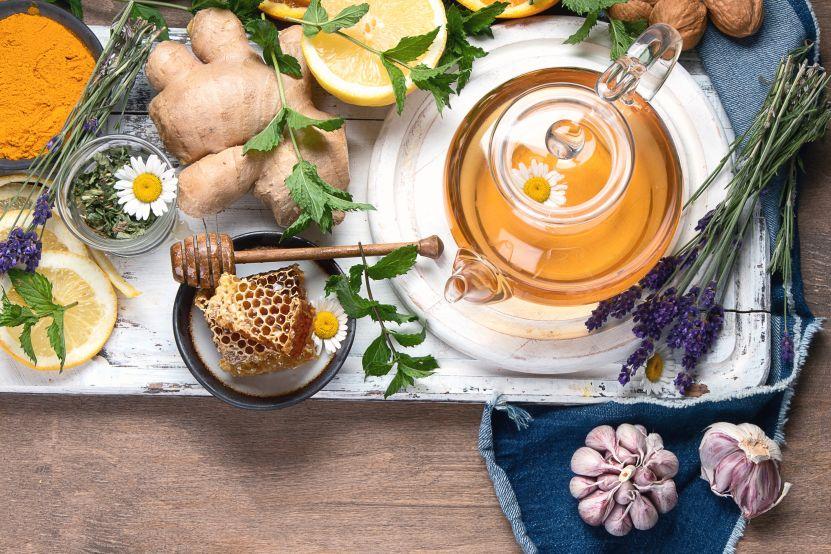 Naturalne, domowe sposoby na przeziębienie i drobne infekcje
