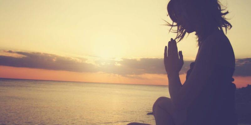 Medytacja, ciągłość obserwacji, przypominanie i pokora